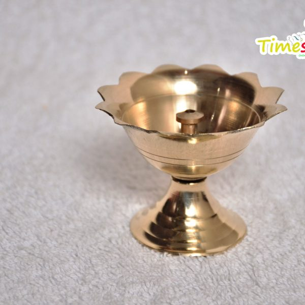 Brass Diwali Chandramukhi Deepak (Diya Oil Lamp) For Puja By Timeshopee